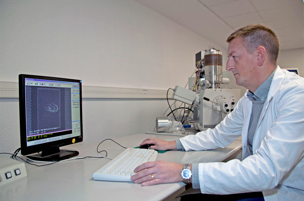 Texplained opens Nice lab for IC analysis
